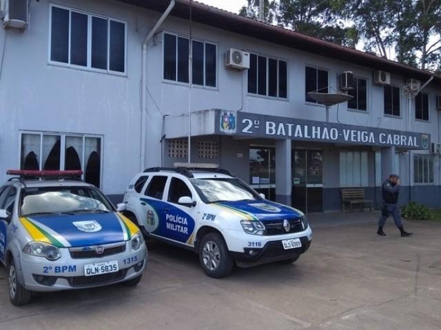 Travesti é agredida a facadas em briga por ponto de prostituição, em Macapá