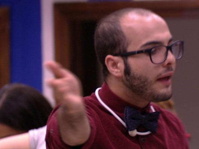 """BBB18: Mahmoud e Ana Paula brigam: """"Você é mimada, petulante e vitimista"""""""