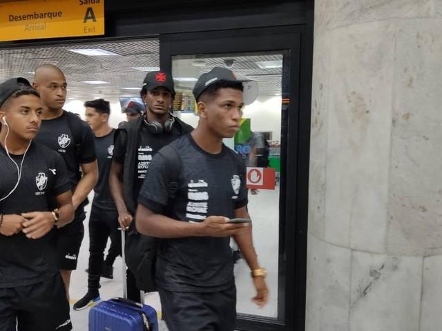 Vasco desembarca no Rio e dirigente comenta caso de racismo: 'Não é um incidente, é um fato'
