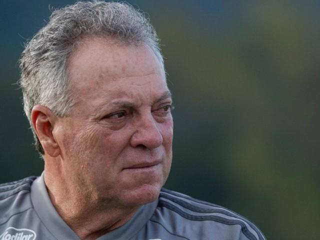 Flamengo: elenco recheado de craques dá opções a Abel Braga