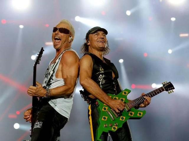 Scorpions usam guitarra de 1985 e mostram que ainda têm uma lenha para queimar