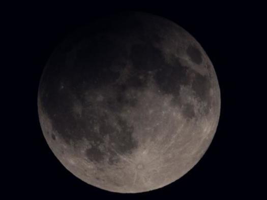 Eclipse lunar desta sexta (10) praticamente não será visível do Brasil
