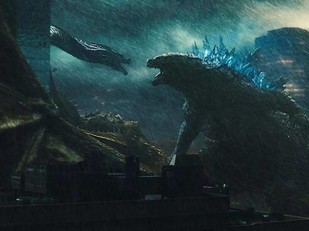 """Banal e confuso, """"Godzilla II"""" não é para quem ama monstros"""