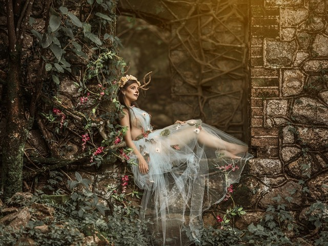 Paisagens de MG viram cenários de contos de fada em ensaios fotográficos
