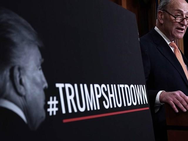 Republicanos e democratas culpam uns aos outros por 'apagão' do governo