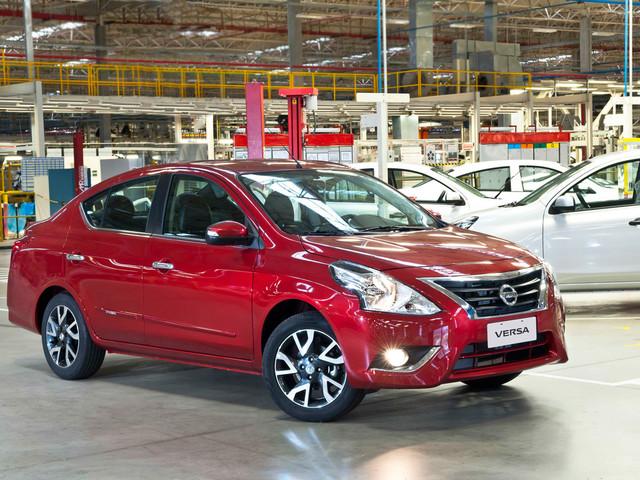 Nissan March e Versa 2018 chegam com aumento de preços
