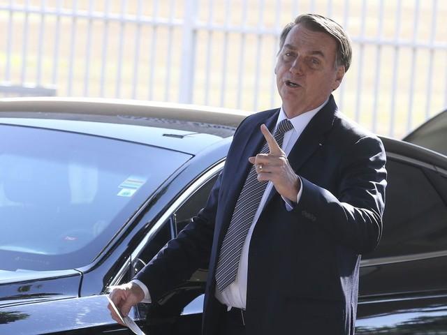 Sem provas, Bolsonaro acusa Leonardo DiCaprio de dar dinheiro para 'tacar fogo na Amazônia'