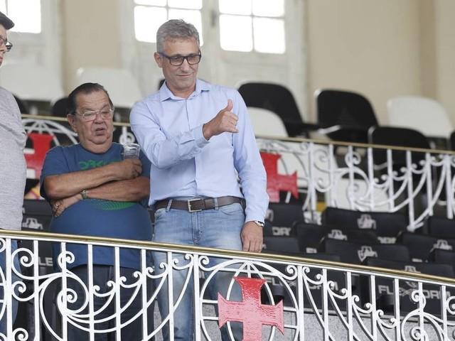 Zé Ricardo cobra planejamento da nova diretoria do Vasco: 'Tomar um rumo'
