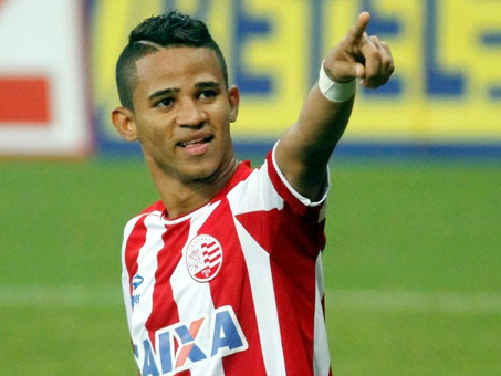 Náutico vende o atacante Erick por R$ 2,8 milhões, na 10ª venda milionária do clube