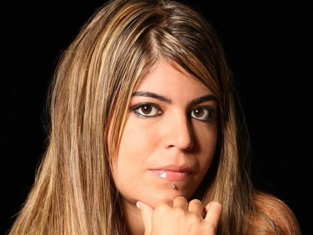 """Bruna Surfistinha rebate Bolsonaro: """"Deveria cuidar da moral da própria família"""""""