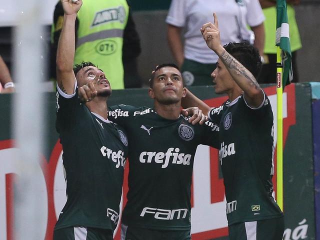Willian celebra assistência para o amigo Dudu e fala sobre chegada de Rony ao Palmeiras