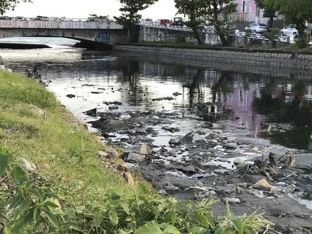 Bolsonaro adia exigência de plano para repasse de verba de saneamento