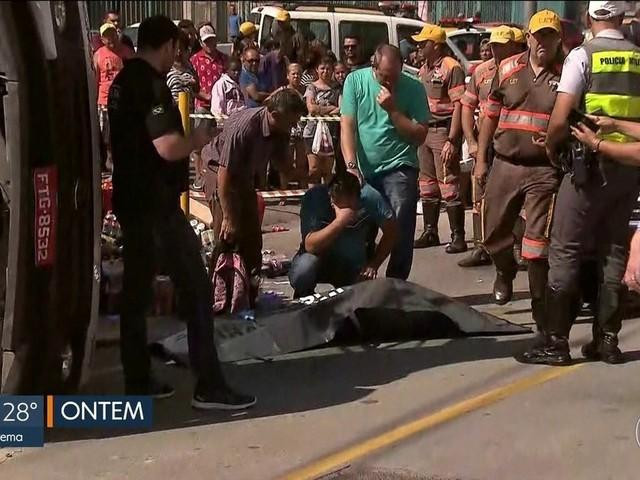 Menina atropelada por caminhão é enterrada em SP e família pede justiça