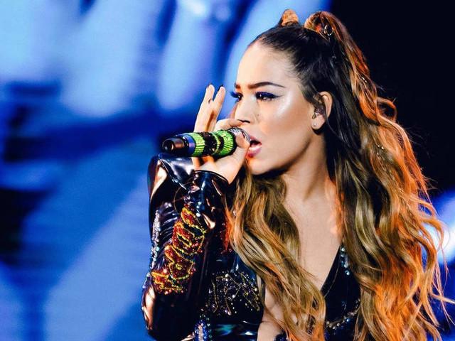 Danna Paola, de 'Elite', diz ser fã de Pabllo Vittar e revela desejo de cantar com brasileira