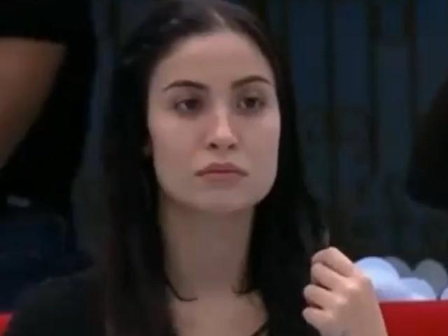 BBB20: Após desentendimento com Rafa Kalimann, Bianca Andrade cai na piscina e recebe dura punição