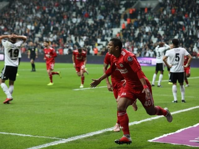 Re: Sivasspor demonstra interesse na compra de David Braz, do Santos