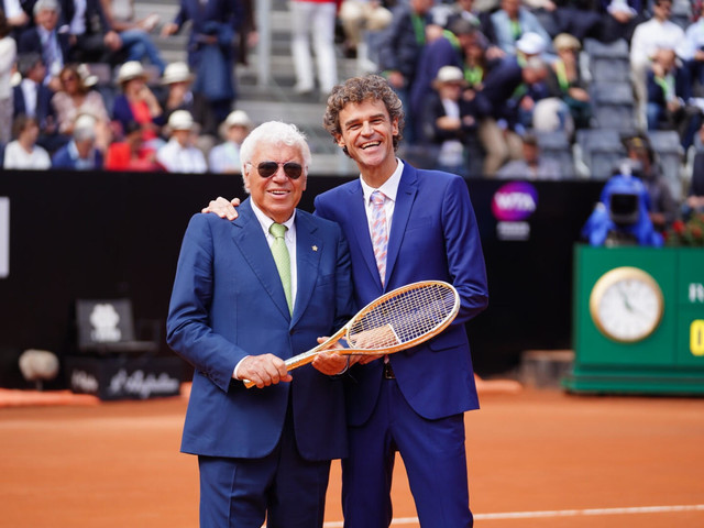 Guga é homenageado no ATP de Roma, 20 anos depois de seu título