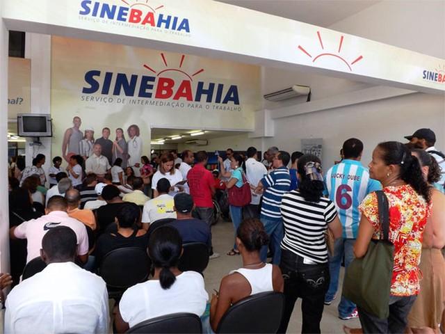 Confira as vagas do SineBahia para a segunda-feira em Salvador e no interior do estado