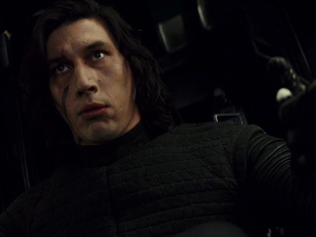 """Saiba como um brinquedo mudou a nave de Kylo Ren em """"Os Últimos Jedi"""""""