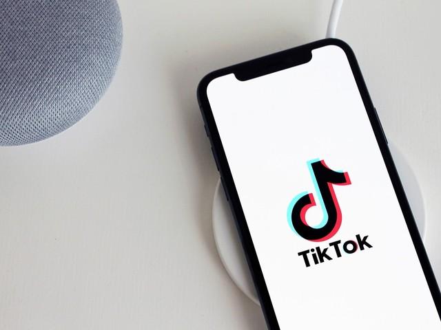Juiz suspende proibição de baixar TiKTok nos EUA faltando 4 horas para prazo dado por Trump