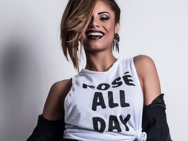 """Lexa continua em busca do seu lugar ao sol e revelou uma prévia do seu novo single, """"Movimento"""""""