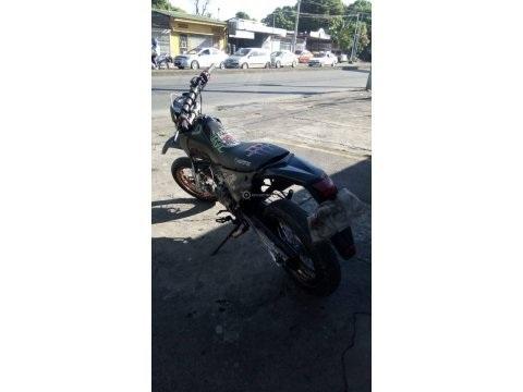 Super Moto 200