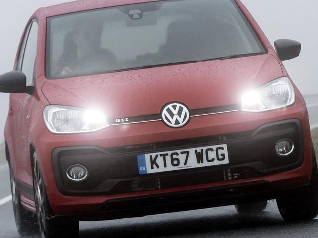 Volkswagen Up! GTI chega à Inglaterra por R$ 62,5 mil
