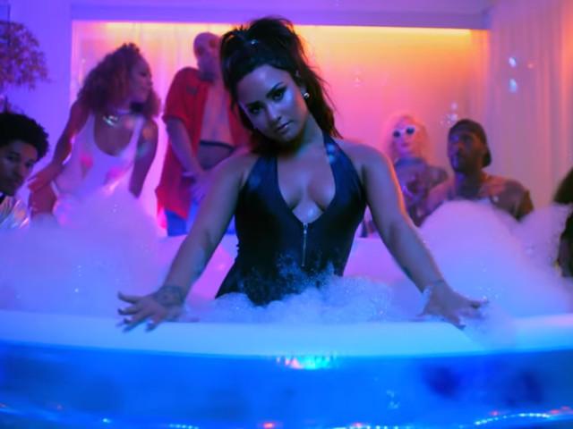 """Prepare o biquíni! Demi Lovato lançará o clipe de """"Sorry Not Sorry"""" nesta quarta"""