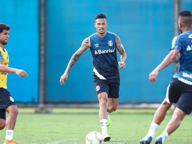 Grêmio faz jogo-treino contra o Athletico-PR neste sábado