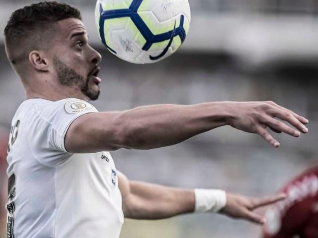 """Re: Sampaoli elogia estreante Venuto no Santos: """"Entrou muito bem"""""""