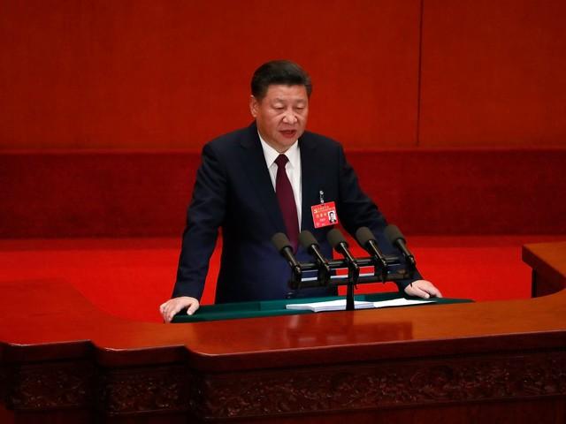 """Xi Jinping quer China """"no palco principal do mundo"""""""