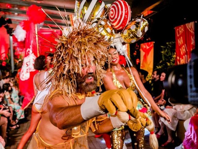Stella Artois lança coleção com fantasias de Carnaval idealizada por Isabela Capeto