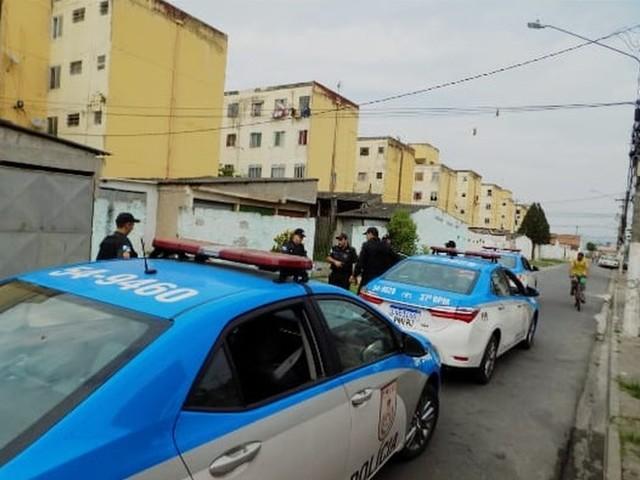Quatro são presos e dois menores apreendidos durante operação da PM em Resende