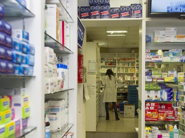 Presentan en el Congreso una iniciativa legislativa para que los medicamentos tengan un precio justo