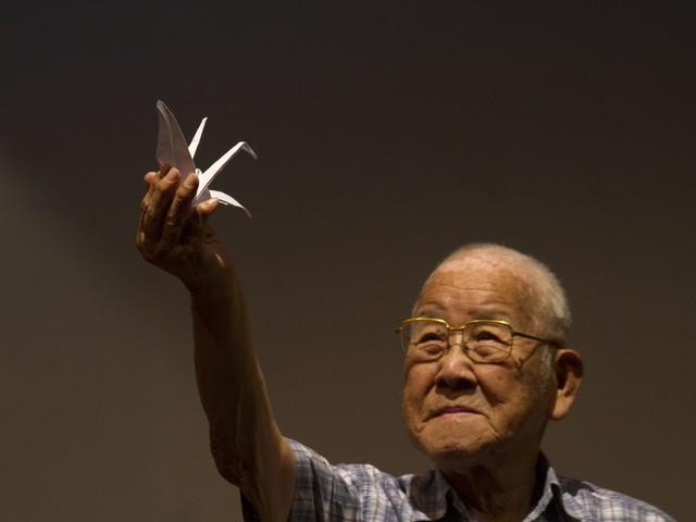 Sobreviventes de Hiroshima relatam em peça luta pela vida após bomba: 'Vi o inferno'