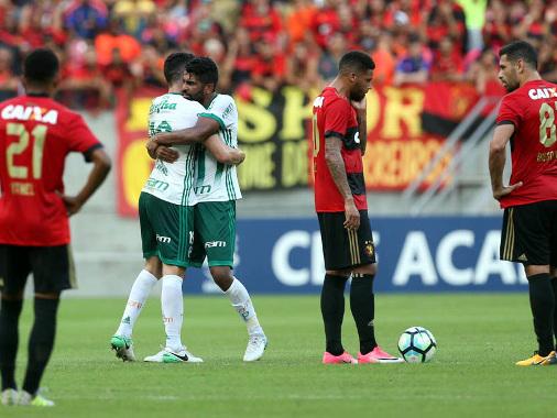 O Sport é neutralizado pelo Palmeiras em derrota diante de 42 mil pessoas na Arena