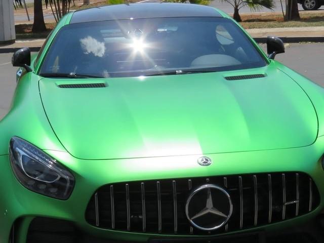 Mercedes AMG GT-R no Brasil: preço, detalhes - vídeo