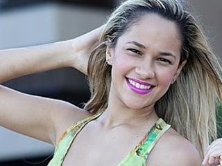 Michele Andrade anuncia saída da banda Limão com Mel