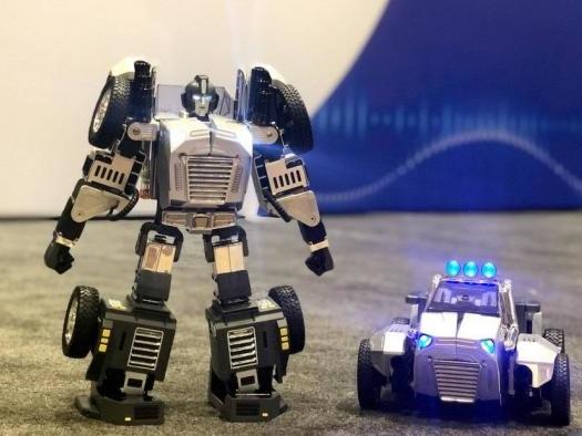 CES 2020 | Robosen lança robô que vira carro por meio de comandos de voz