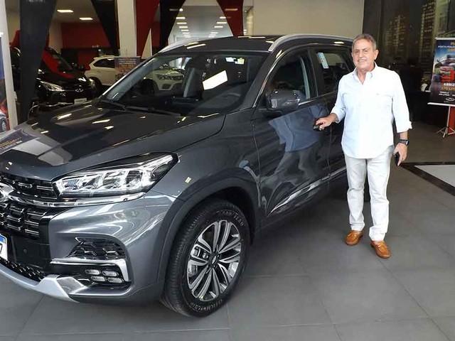CAOA Chery entrega milésimo Tiggo 8 montado Goiás