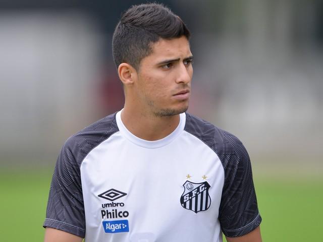 Demora do Santos e interesse em Michael atrasam empréstimo de Daniel Guedes
