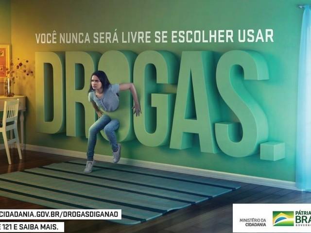 Ministro lança campanha contra uso de substâncias e volta a repetir que país vive 'epidemia de drogas'