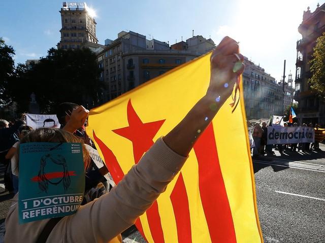 Madrid lança operação para impedir referendo catalão