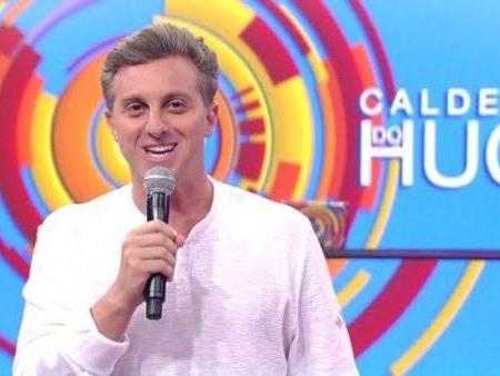 Luciano Huck se envolve em polêmica e é acusado de usar a Globo em campanha presidencial