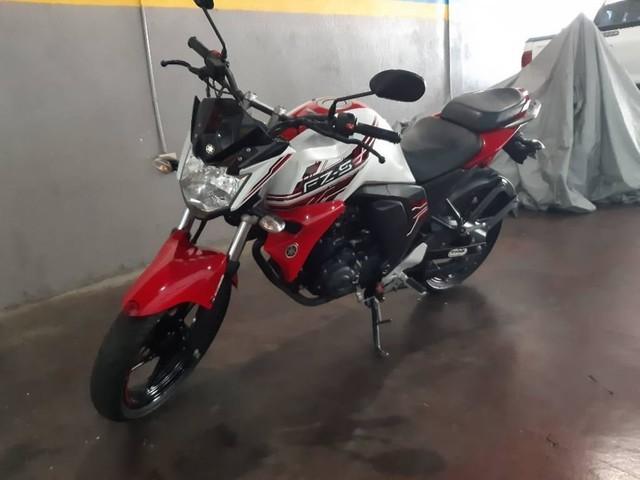 Vendo $1650 Neg.Yamaha FZ-S 2017 versión 2.0