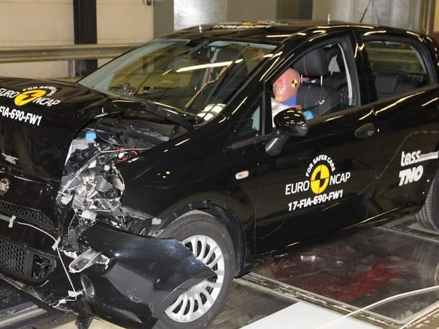 Fiat Punto é o primeiro a obter zero estrelas no EuroNCAP