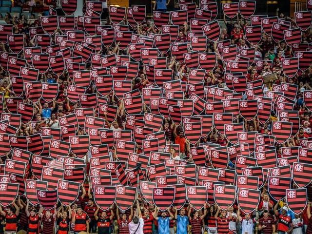 Flamengo é absolvido, mas terá que pagar R$50 mil por gritos homofóbicos