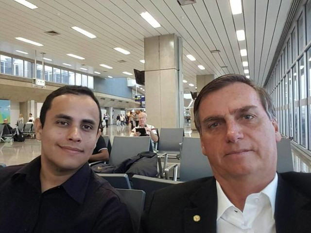 Rede social | Facebook liga assessor do Planalto a ataques a opositores de Bolsonaro