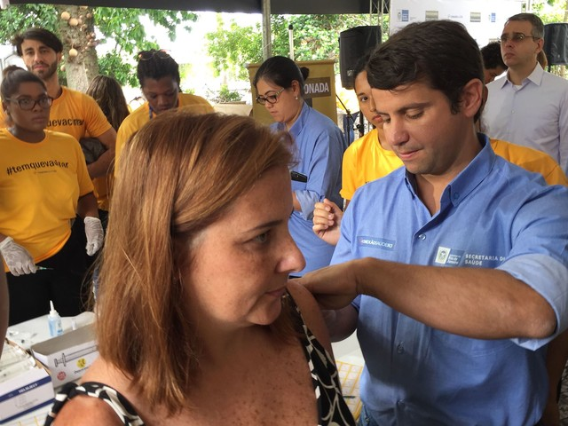 Rio State Vaccinates 500,000 on Yellow Fever D-Day