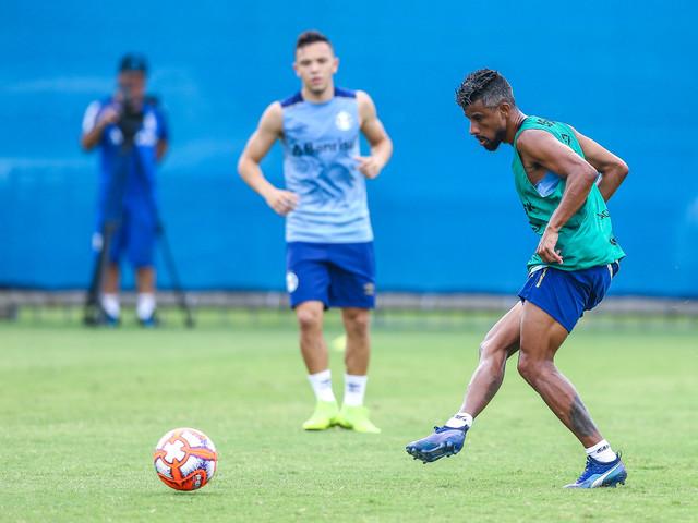 Léo Moura enaltecereforços no Grêmio e mira o Brasileirão